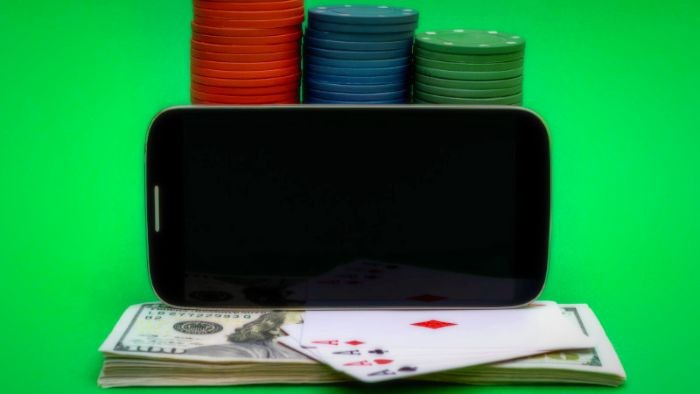 , Play money poker legal in licensed online casinos and earn money